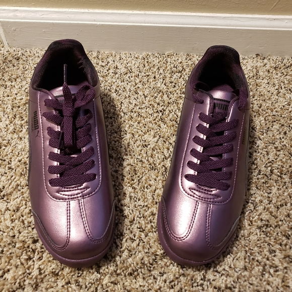 Puma Shoes | Roma Metallic | Poshmark